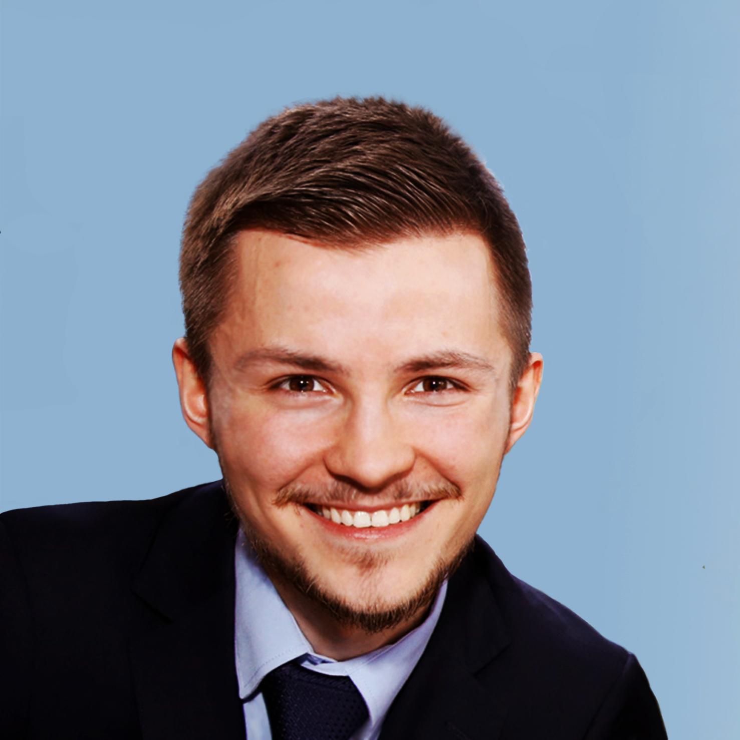 Christian Dzialak    Finanzmanagement